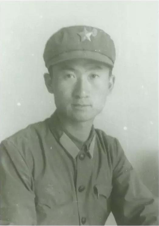 中国首富!年轻时的王健林你可知他做什么的?