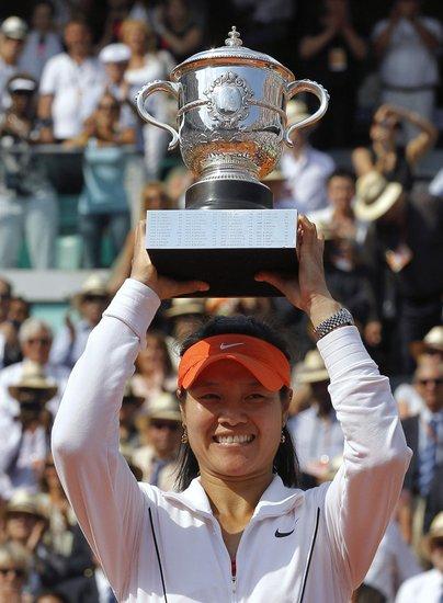 女王娜正式登基!中国网球从此攻克最高殿堂