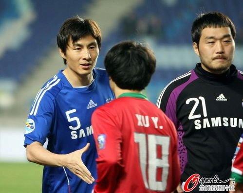 回顾李玮锋2010亚冠征程 创中国球员新里程碑