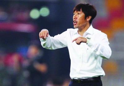 足球名宿:目前外籍教练解不了中国足球的问题