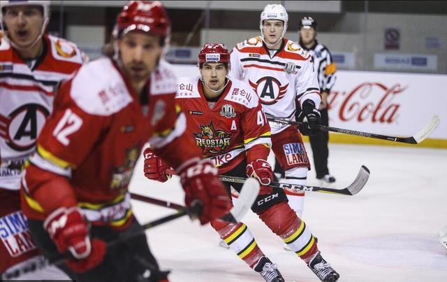 KHL昆仑鸿星2-1险胜汽车人队 主客场双杀对手