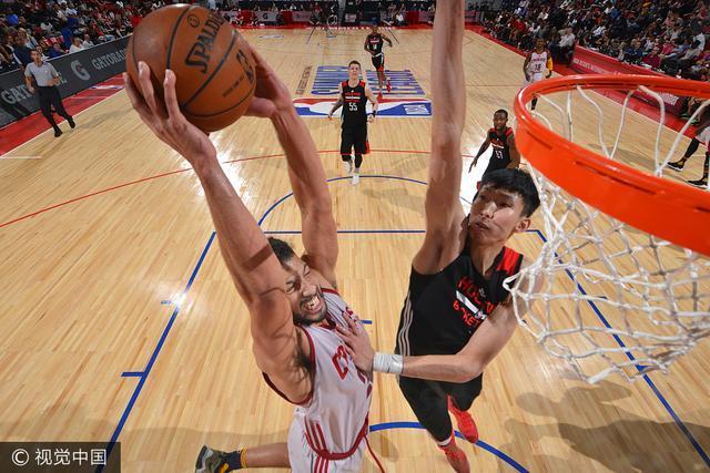 出发!周琦启程飞往休斯敦 首季NBA此刻开始