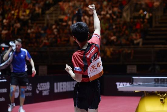 33岁对手输给张本智和不服:裁判干得漂亮!