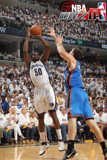 NBA巅峰之战之灰熊 与雷霆激战240分钟惜败