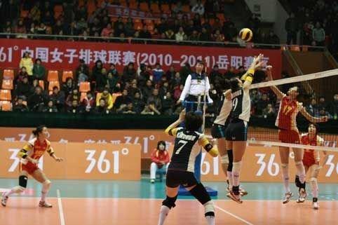 女排联赛八一3-0完胜江苏 首局25-9横扫对手