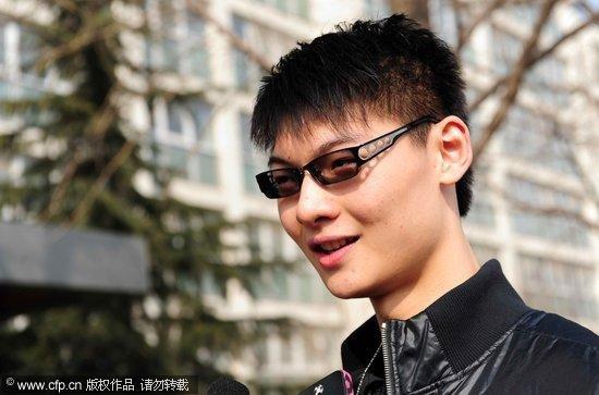 王哲林:进国家队兴奋 第二个姚明?只做自己!