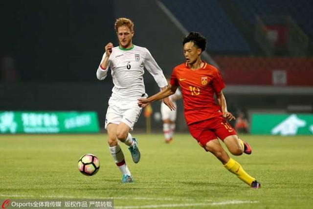 U19国青1-2伊朗遭2连败 沙里菲2球周俊辰破门