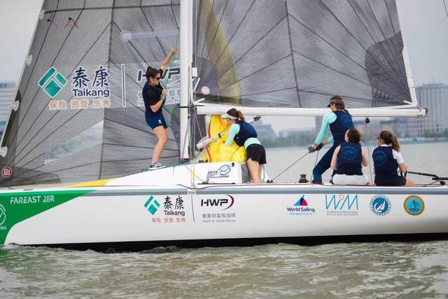 国际女子帆船对抗赛开赛法国队展现强大实力