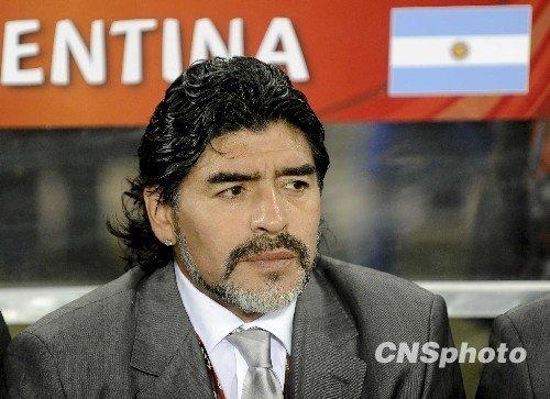 阿根廷两代球王全面PK 梅西无法复制老马奇迹