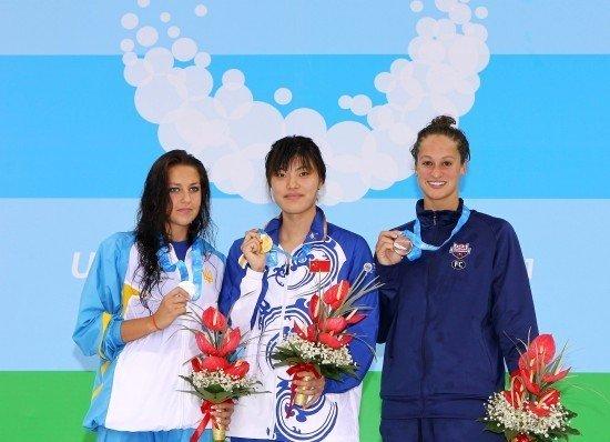 女子100米自由泳中国摘金 唐奕破大运会纪录