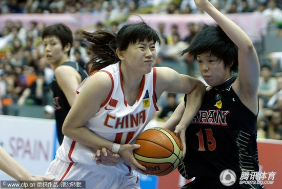女篮大胜日本小组第二收官 半决赛将再战日本