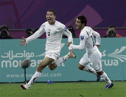 亚洲杯-乌兹2-1约旦首进四强 奇兵梅开二度