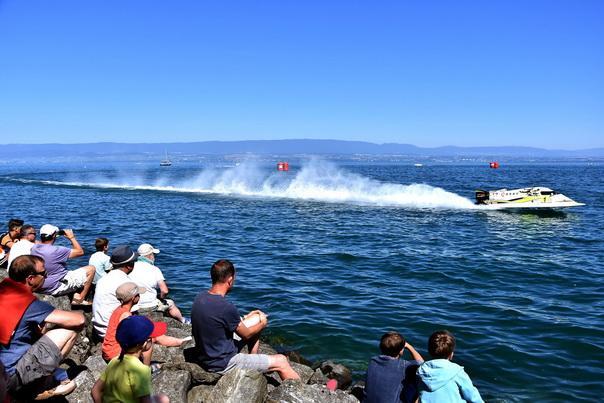 F1H2O法国大奖赛 中国天荣F1摩托艇队憾失冠军