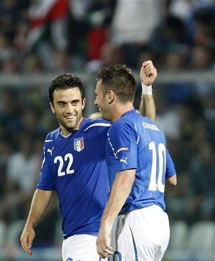 欧预赛-意大利3-0三连胜 三星闪耀卡萨诺传射