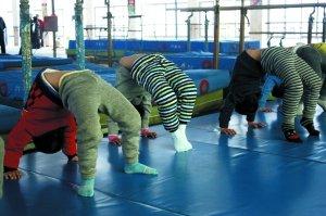 体操之乡调查:多数小孩被淘汰 小学难适应