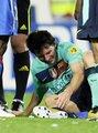 视频:梅西遭遇恶铲重伤离场 拄双拐表情凝重