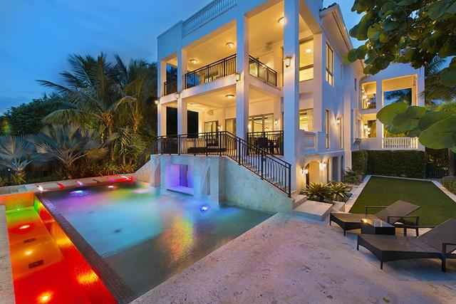 动图秀:NBA球星低调炫富 天价豪宅难阻亏本出售
