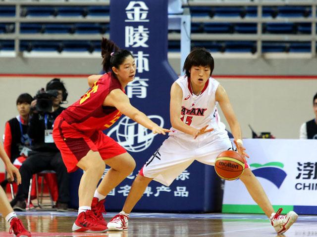 东亚运女篮-华人中锋砍12分 日本1分险胜中国