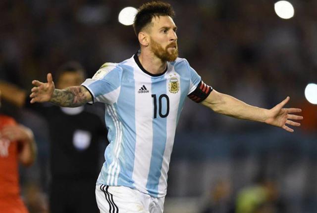 国际足联宣布重罚梅西 跳蚤辱骂裁判禁赛4场