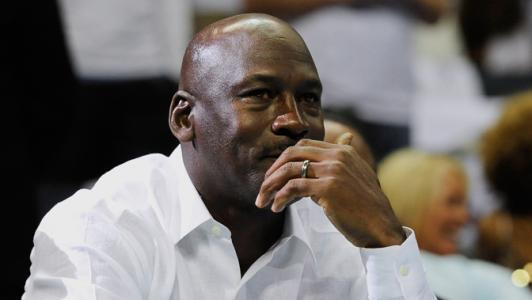 乔丹抨击NBA超级球队:让其他28支球队变垃圾