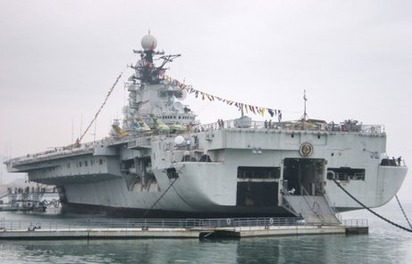 深圳明思克航母世界:体验式军事主题乐园
