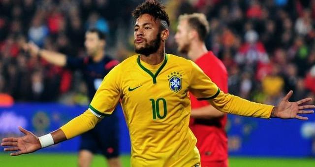 内马尔正在引领巴西队前进-邓加 希望内马尔超贝利纪录超越 贝利需夺图片