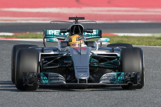 季前测试轰鸣声起 F1中国大奖赛还会远吗?