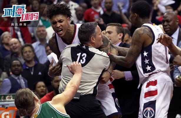 这种犯规在NBA季后赛里千万别用 勇士曾因此丢冠