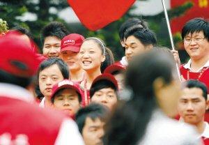 25万义工整体转化为大运志愿者 服务青春盛会