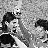 最快红牌――1986乌拉圭对苏格兰
