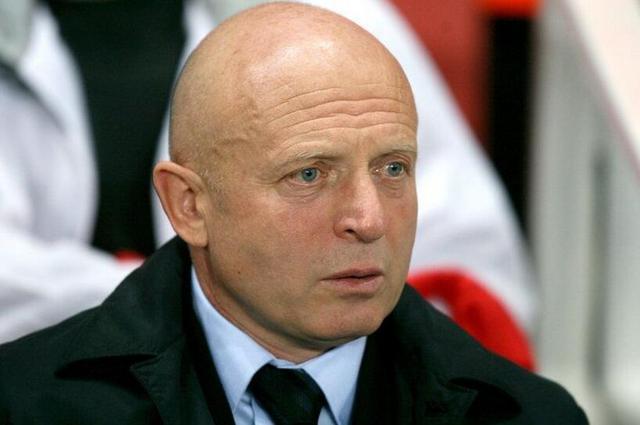 捷克国家队换帅 老亚罗利姆上任签至世界杯后