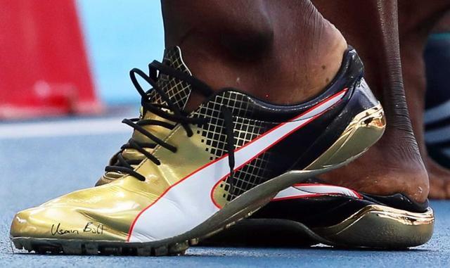 奧運跑鞋拍賣四千就說博爾特貶值?此鞋非彼鞋