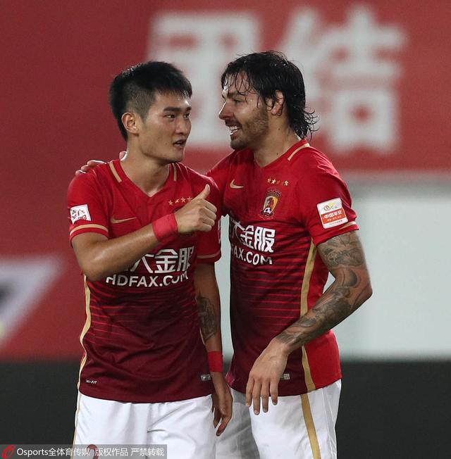 白岩松:中国足球虚火正旺 人民币联赛的结局