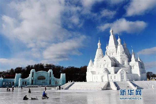 国家旅游局长:我国冰雪产业规模望突破1万亿