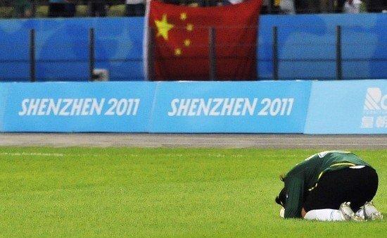 王飞:教练纸条是致胜法宝 本应扑出更多点球