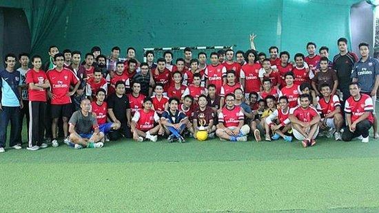 尼泊尔的阿森纳枪迷成功组织五人制足球赛