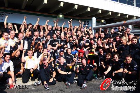 红牛巴西加冕车队冠军 霍纳表示冠军实至名归