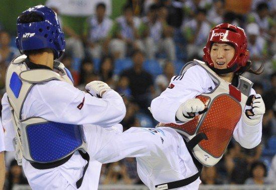 大运会跆拳道女子73公斤以上级 张永桐夺金