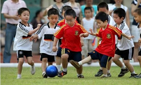 幼儿体育活动论文