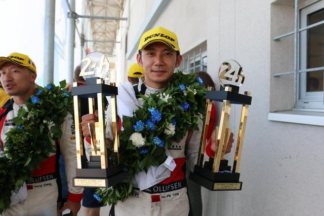 勒芒24h耀莱成龙车队夺冠创史 双车组登领奖台