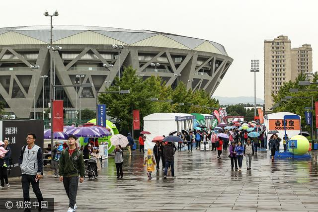 雨水侵袭搅局中网 外场比赛被迫大面积推迟