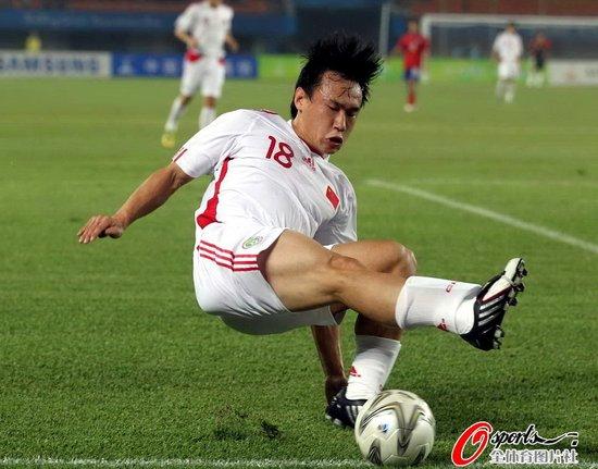 新华网:痴心的中国球迷何时才能得到慰籍