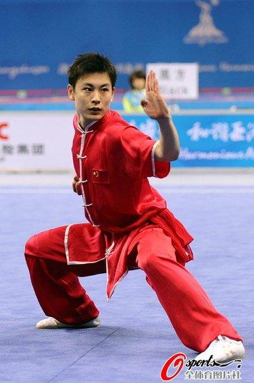 男子长拳袁晓超成功卫冕 中国夺广州亚运首金