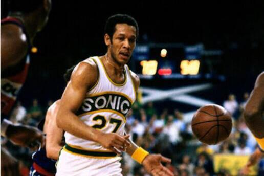 NBA名宿去世享年68岁 两入全明星79年曾夺冠