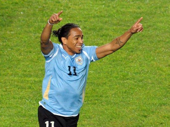 美洲杯-乌拉圭1-0墨西哥 淘汰赛将遭遇阿根廷