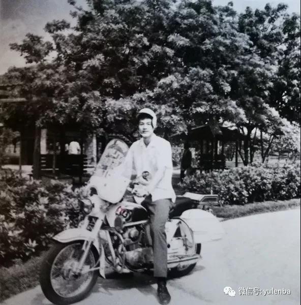 张卫平首访菲律宾遇惊魂时刻 一人吓得直冒冷汗