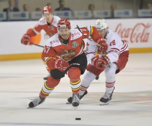 前NHL悍将加盟昆仑鸿星 进攻多面手补锋线火力