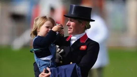 英国公主将喜迎二胎 原是马术三项赛世界冠军