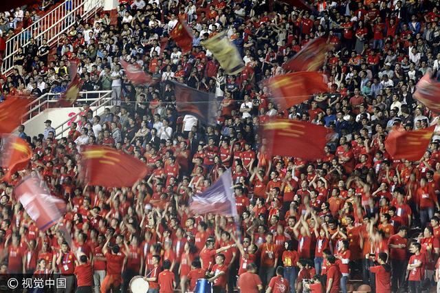专家:中国或成新足球地理中心 参与度高欧洲