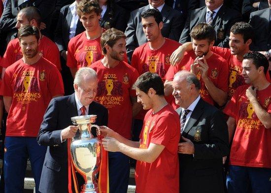西班牙国王接见斗牛士:你们的成就令人敬畏
